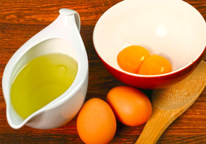 Маска за коса с яйца и зехтин
