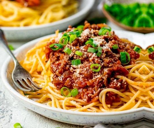spageti-boloneze-recepta-domashna